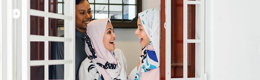 تهاني رمضان للأصدقاء والأقرباء