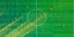خطط اللعب في كرة القدم كاملة والعوامل المؤثرة عليها